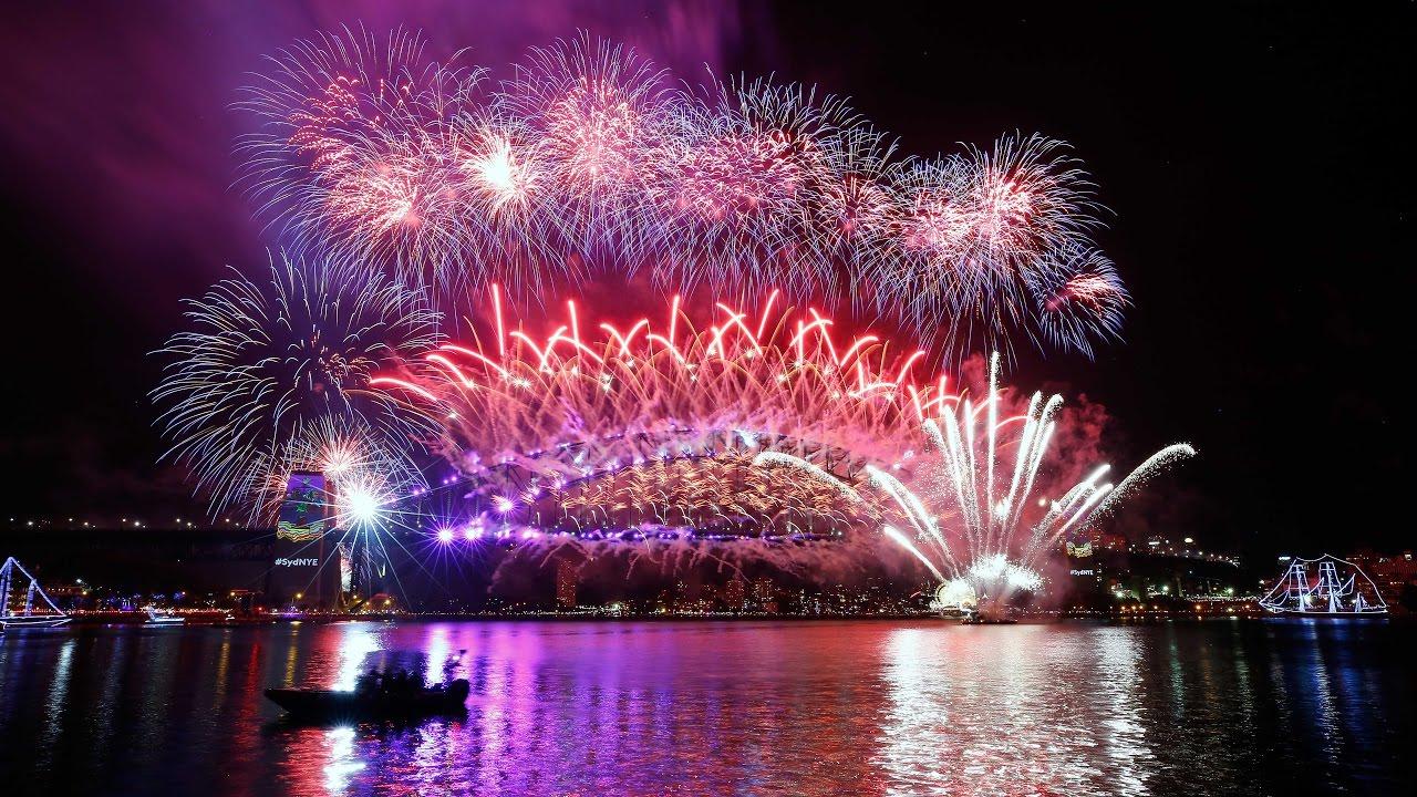 xem pháo hoa tại cầu Sydney